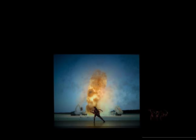 John Gerrard - Live Fire Exercise (Djbouti), 2011 - Simulation (Royal Ballet Installation)