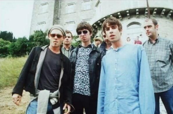 Johnny Deep con gli Oasis