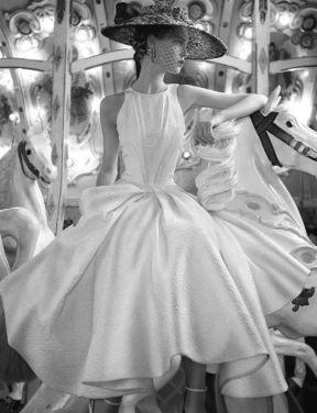 La modella Anne Gunning, fotografata da Norman Parkinson, anni '50