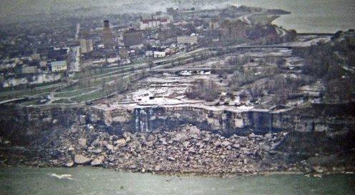 Le cascate del Niagara senza acqua, 1969