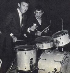 Leonard Nemoy e Adam West suonano insieme