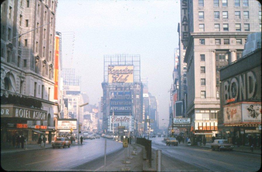 Primo mattino a Times Square, New York, 1963