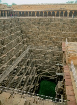 The Vanishing Stepwells of India - Victoria Lautman (Chand Baori. Abhaneri, Rajasthan. c. 800 ce-18th Century)