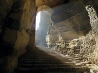 The Vanishing Stepwells of India - Victoria Lautman (Navghan Kuvo. Junagadh, Gujarat. 4th-6th-Mid-11th Century)