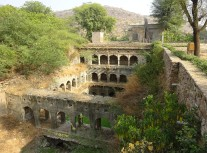 The Vanishing Stepwells of India - Victoria Lautman (Van Talab Baoli. Amer, Rajasthan. c. 160019th Century)