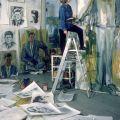 Elaine de Kooning nel suo studio di Manhattan con i ritratti di John F. Kennedy Fotografia di Alfred Eisenstaedt