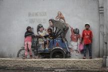Ernest Zacharevic @Medan - Photo Credit Ernest Zacharevic