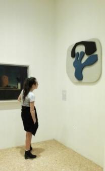 "Collezione Peggy Guggenheim - Jean Arp, ""Scarpa azzurra rovesciata..."" (1925 c.)"