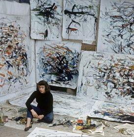 Joan Mitchell nel suo studio