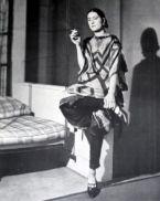 Sonia Delaunay con uno dei suoi abiti