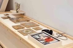 Monica Mura - Sas Diosas, Miradas sa arèntzia mea. (2015). Esposizione al Museo Thyssen Bornemisza di Madrid (Spagna) 2016. video / installazione / fotografia / paesaggio sonoro (2015)