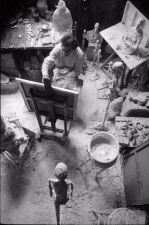 Alberto Giacometti nel suo Studio: (Atelier), 1965