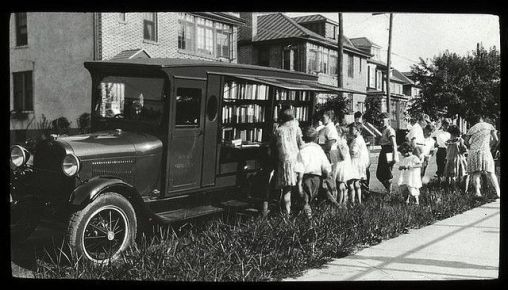 Bronx bookmobile, 1930