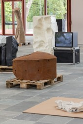 "Exhibition View ""Erwin Wurm. Performative Sculptures"" - Photo Johannes Stoll @Belvedere, Vienna"