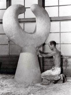 Isamo Noguchi