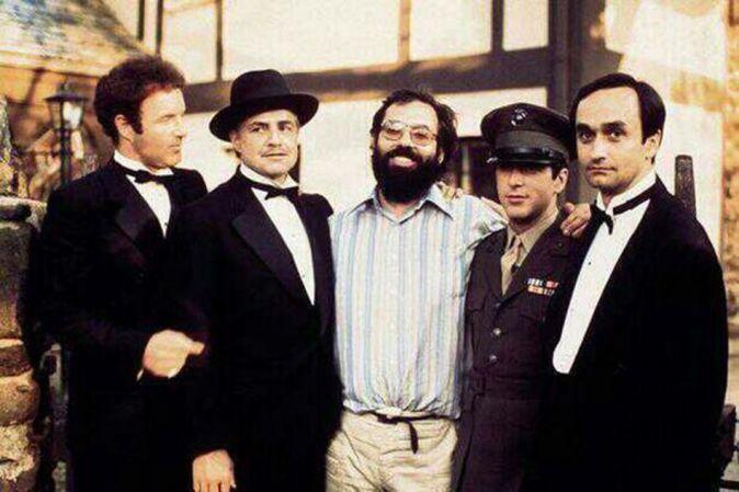 James Caan, Marlon Brando, Francis F. Coppola, Al Pacino e John Cazale sul set di Godfather, 1972