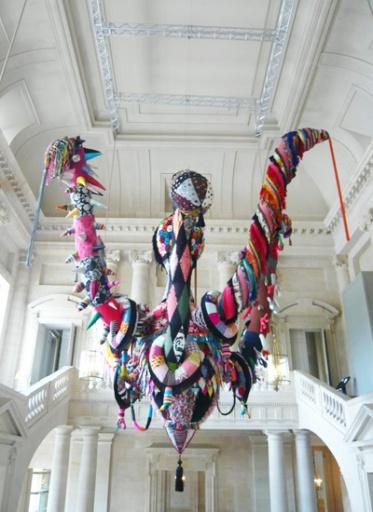 Joana Vasconcelos - Mary Poppins, 2010