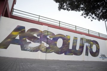 Manu Invisible - Assoluto - Spray and quartz paint on wall 3x12 m 2017