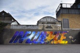 Manu Invisible - Influence - Spray and acrilic paint on brick wall 4x20 m - London 2017