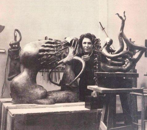 Maria Martins (1894-1973), scultrice brasiliana nota per il suo stile pionieristico modernista