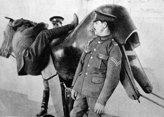 Simulatore di cavallo durante la Prima Guerra Mondiale