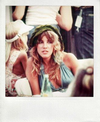 Stevie Nicks fotografata nel backstage al Sunday Break 2 Festival di Austin, TX, 1976