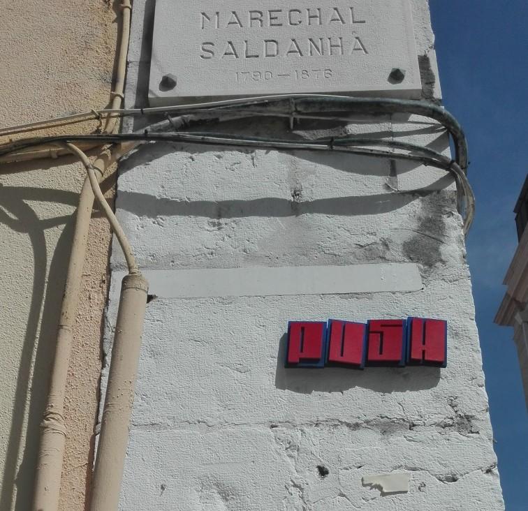 Lisbona - Installazioni murali - push