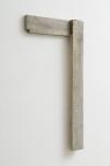Pedro Cabrita Reis - 90° - 2012, oggetto trovato in legno , ottone, 77,5x40,5x4,5 cm