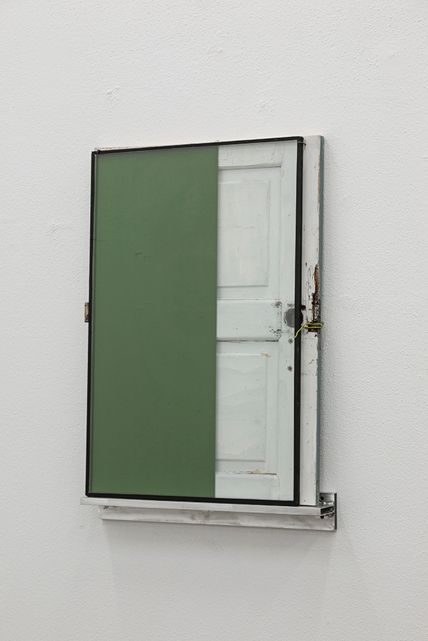Pedro Cabrita Reis - A small window - 2015 - Enamel on double glass, fragment of found wood door, aluminium shelf - 105 x 72,5 x 12 cm