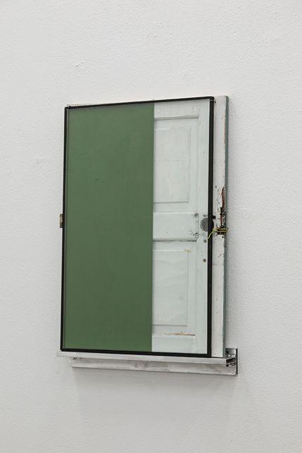 Pedro Cabrita Reis - A small window - 2015 - Enamel on double glass, fragment of found wood door, aluminium shelf - 105 x 72,5 x 12 cm
