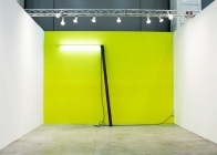 Pedro Cabrita Reis - Crux - 2009 neon, colore RAL, acciaio travetto, cavo elettrico dimensioni variabili