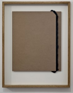 Pedro Cabrita Reis - Sotto pressione - 2012 fibre di media densità, silicone 34x43x1,5 cm