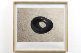 Pedro Cabrita Reis - Un oggetto nero #3 - 2012 grafite e inchiostro stampato su carta di cotone, 58x63 cm