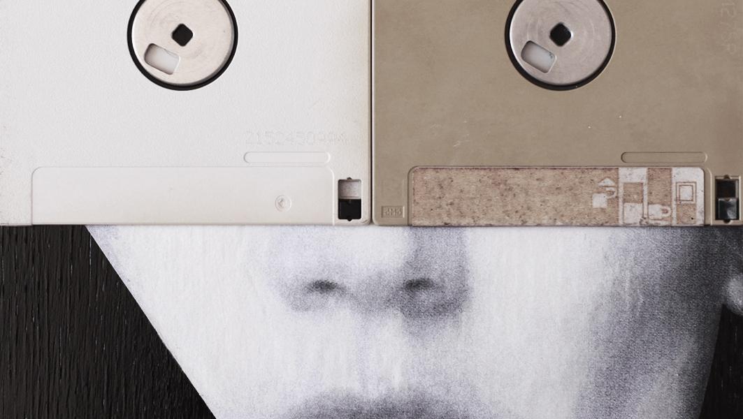 Claudio Rosa - FLOP Y 06 (6 x 18,0 x 18,0 cm - tecnica mista)