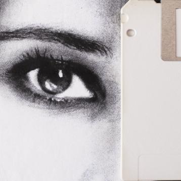 Claudio Rosa - FLOP Y 10 (6 x 18,0 x 18,0 cm - tecnica mista)