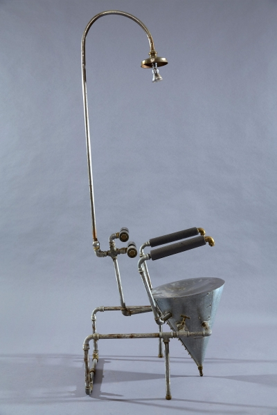 Corvo, 1999 Iron, brass and concrete 175 cm x 66 cm x 54 cm Collection of the artists