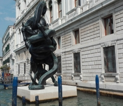 """Venezia - """"Treasures from the Wreck of the Unbelievable"""" by Damien Hirst @Palazzo Grassi"""