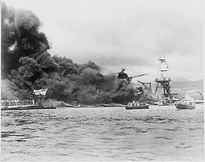 L'attacco a Pearl Harbor durante la Seconda Guerra Mondiale (Hawaii, 1941)