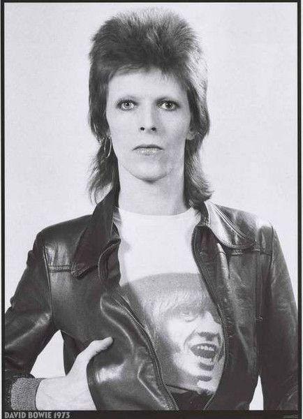 L'ultima foto di David Bowie come Ziggy Stardust, uno dei suoi numerosi personaggi