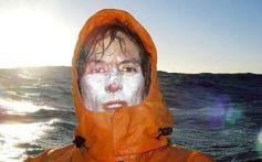 L'ultima foto nota di Andrew Mcauley, che ha cercato di fare kayak solo attraverso il mare di Tasman. Il kayak di Andrew è sceso a 30 km da Milford Sound