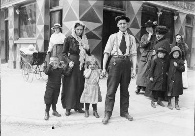 The Rileys - Sopravvissuti dell'inondazione della Lusitania, (Co. Cork, 1915)