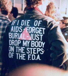 Un attivista AIDS a una protesta FDA (1988)