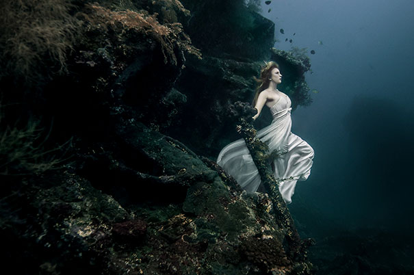 Fotografia a 25 metri di profondità sotto il mare del naufragio dello Sunken