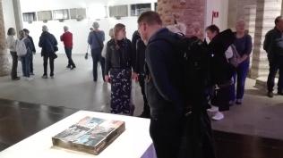 """Biennale Arte 2017 – Arsenale -""""Acqua alta"""" di Michel Blazy (Germania)"""