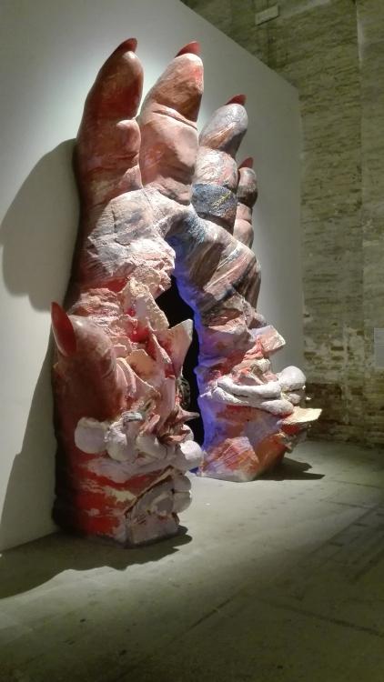 "Biennale Arte 2017 – Arsenale - ""Grotta profunda"" di Jelili Atiku (Nigeria)"