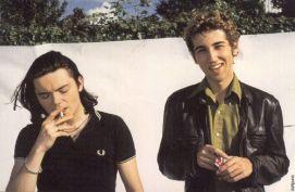 Daft Punk senza i loro caschi, fine degli anni '90