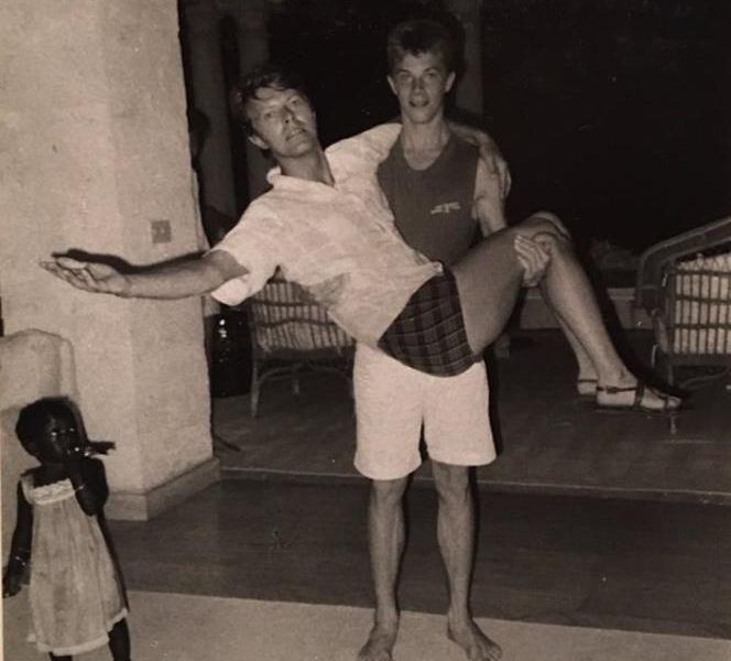 David Bowie e suo figlio Duncan Jones, anni '80