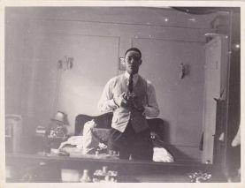 L'ex Segretario di Stato degli Stati Uniti, Colin Powell si faceva selfie 60 anni prima di Facebook