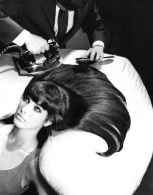 Stiratura dei capelli del 1960