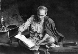 """""""Un poeta deve imparare a fare la guerra"""" Ho Chi Minh"""